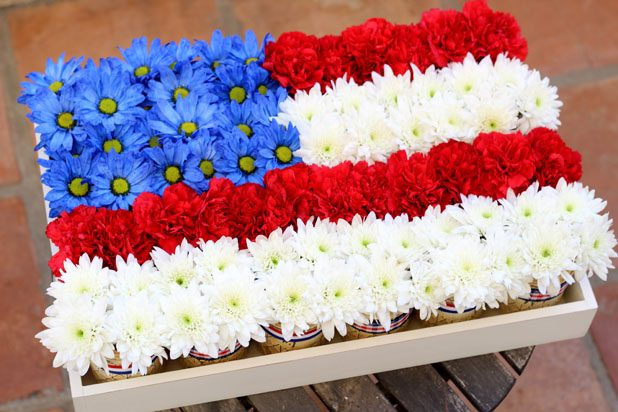 How to Use Mason Jars for Festive 4th of July Decor