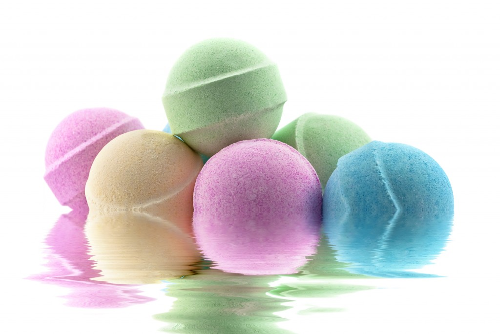 diy bath bombs for mom for mother's day