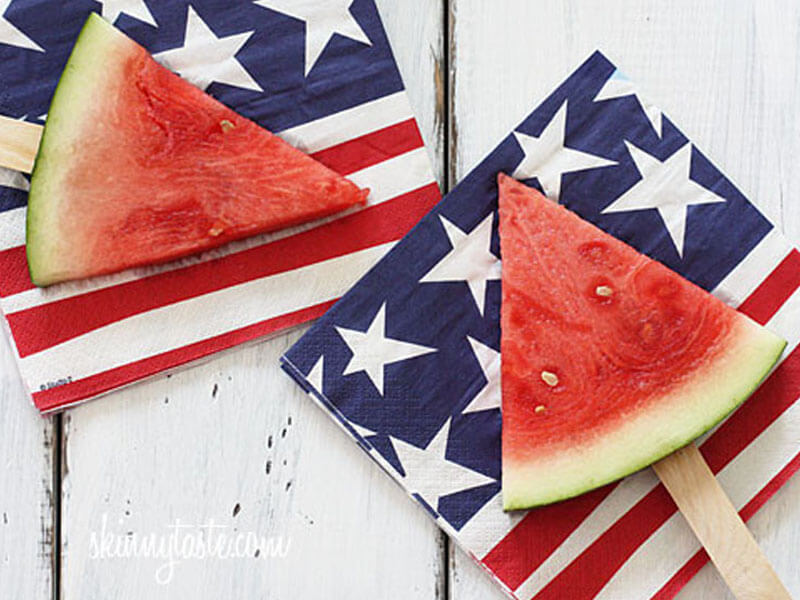 How to Throw a Labor Day Party You'll Never Forget