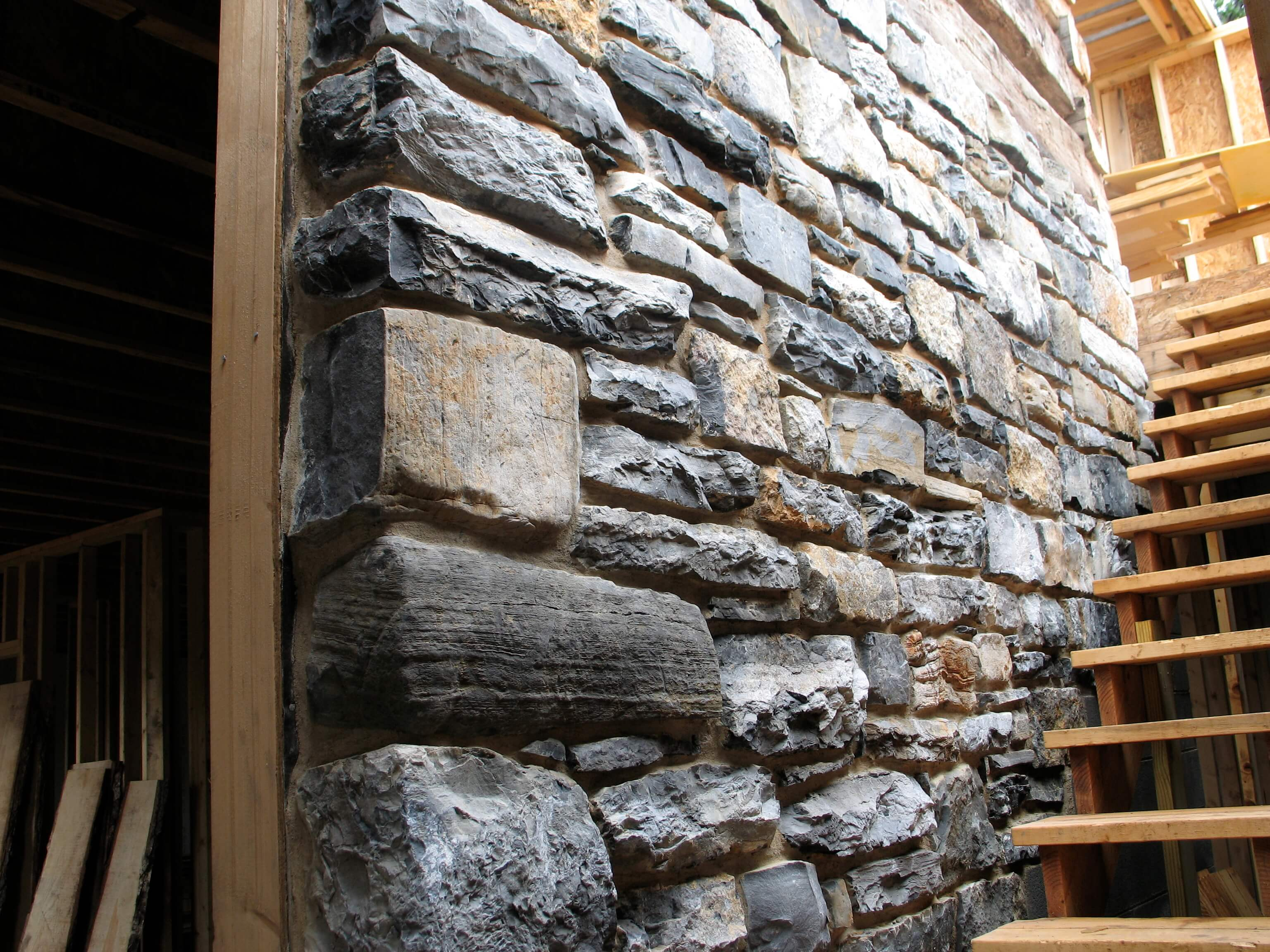3 Stunning Displays Of Interior Stone Wall Design