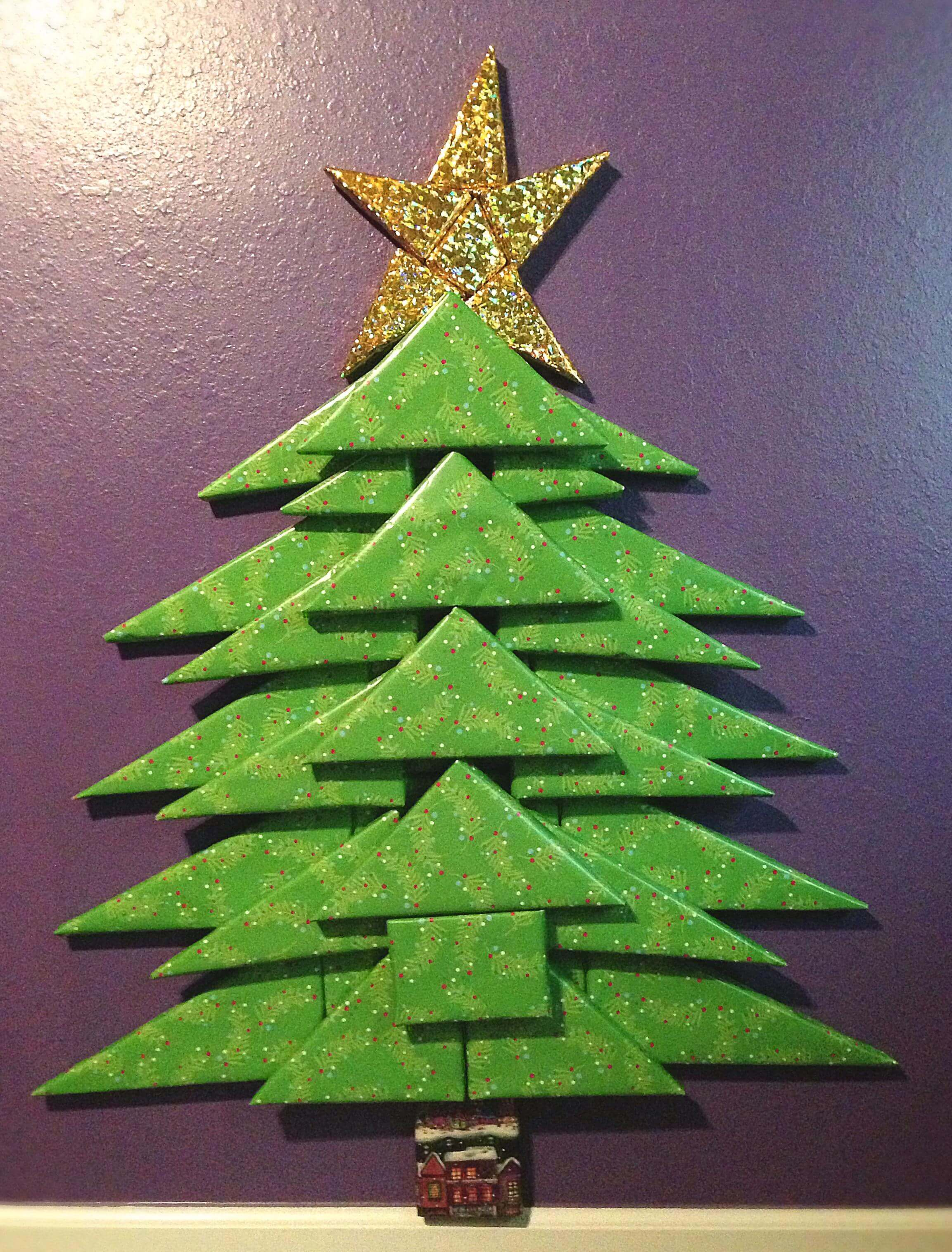 DIY felt Xmas tree outlines that turn into interior wall art