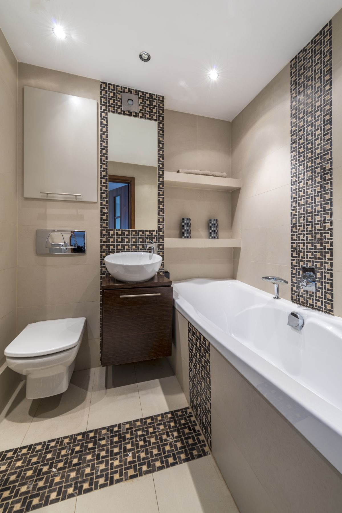 Size matters bathroom renovation costs for your size bath for Pictures of renovated small bathrooms