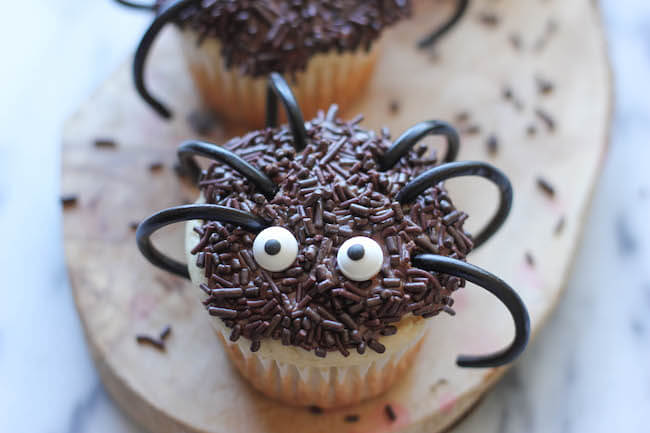 Spider cupcakes are the right mix of creepy and yummy