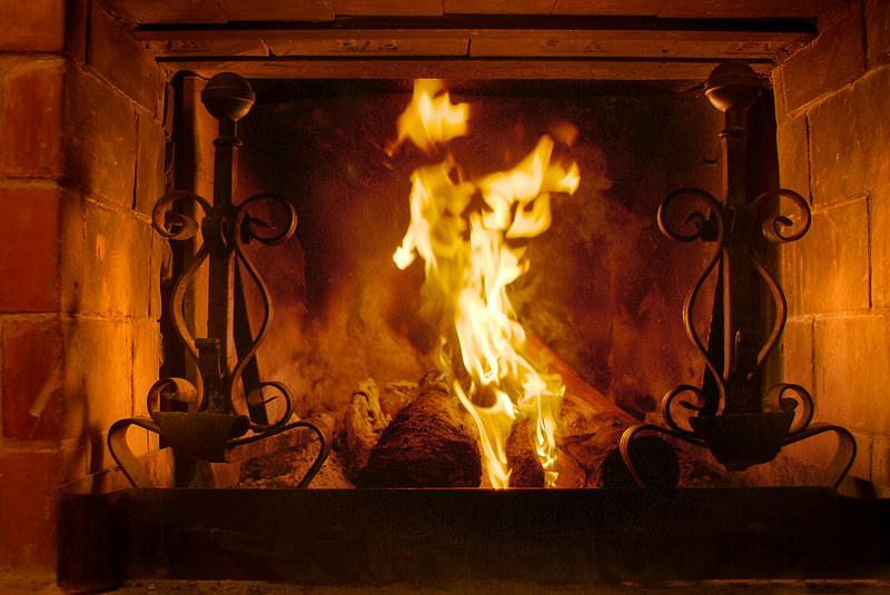 3 Simple Steps for a Romantic Fireside Valentine's Day