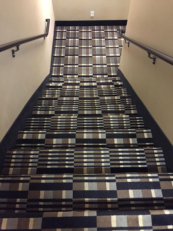 This carpeting design fail is sure to give someone a headache.