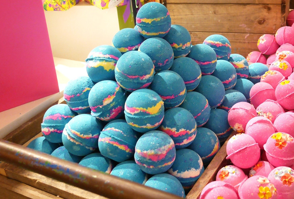 Bath bombs are an excellent way to add fragrance and fun to your bath time.