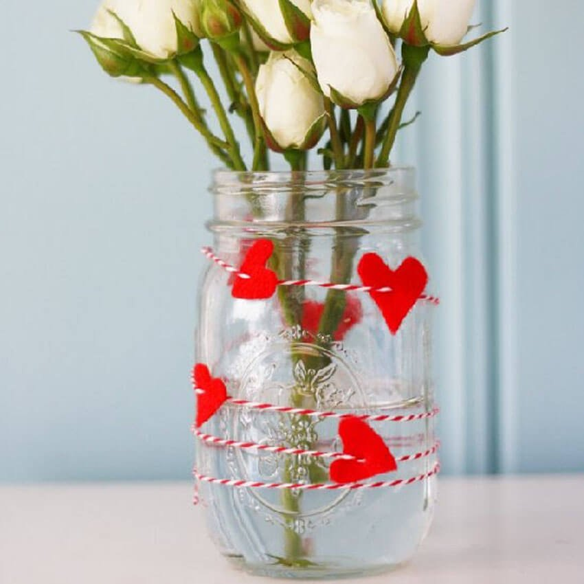 This DIY vase is perfect for displaying Valentine's Day flowers!