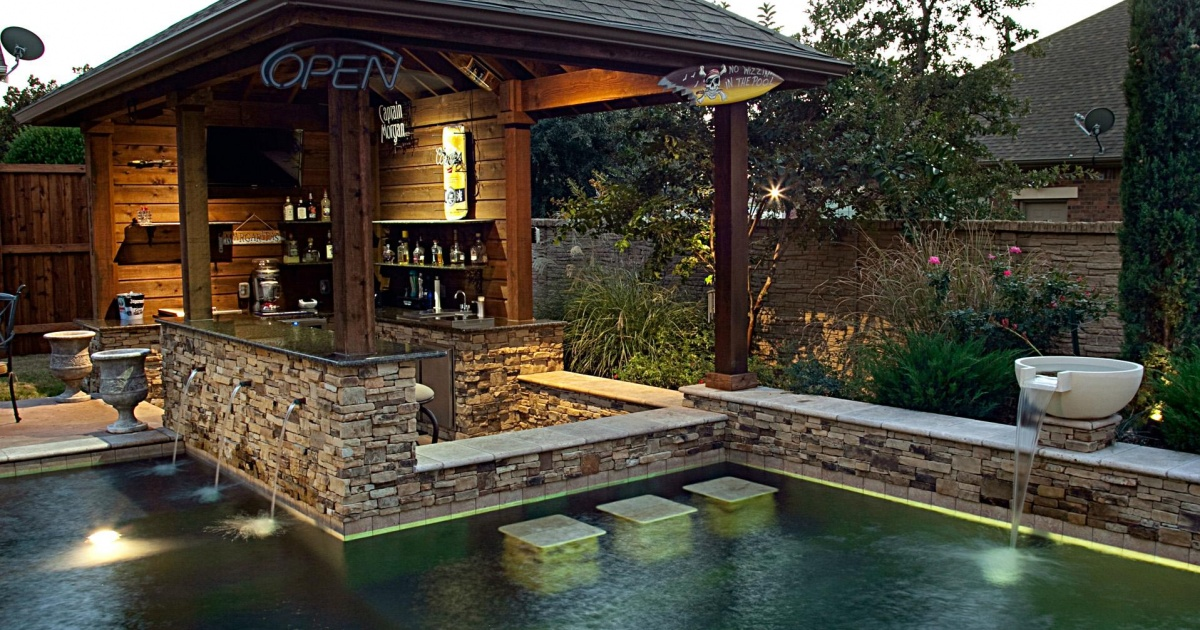 5 Coolest DIY Pool Features You Need to See