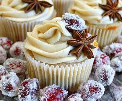 The eloquent cranberry chai cupcake for the autumn