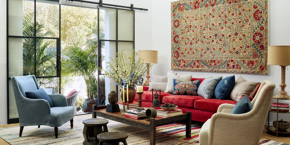 Don't be afraid to put together mismatched furniture. Source: Elle Decor