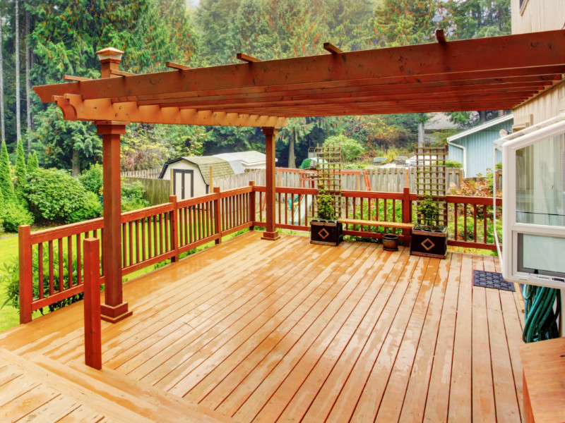 5 Budgeting Tips For a Wood Deck Addition