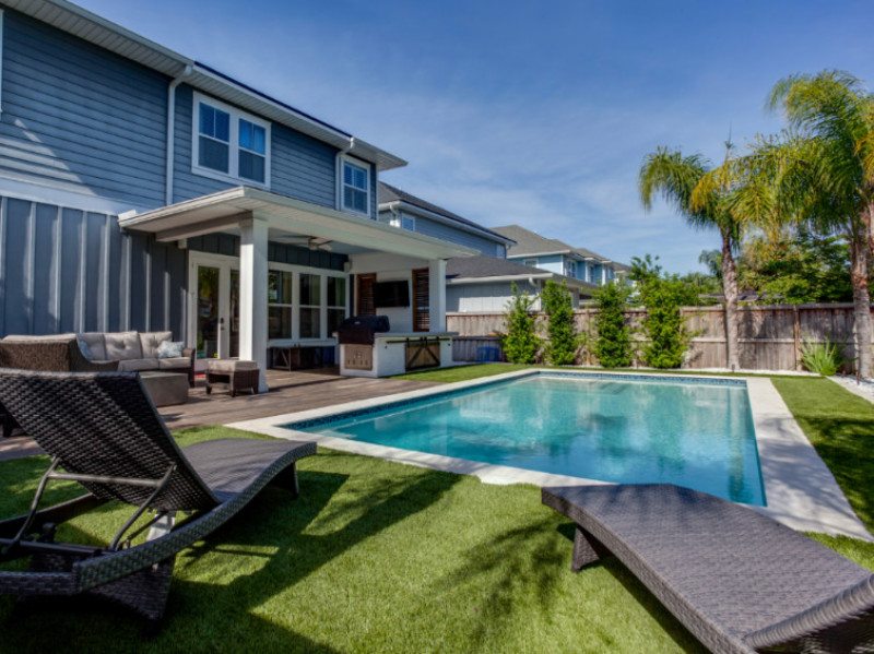 What is the Cost of Building a Swimming Pool?