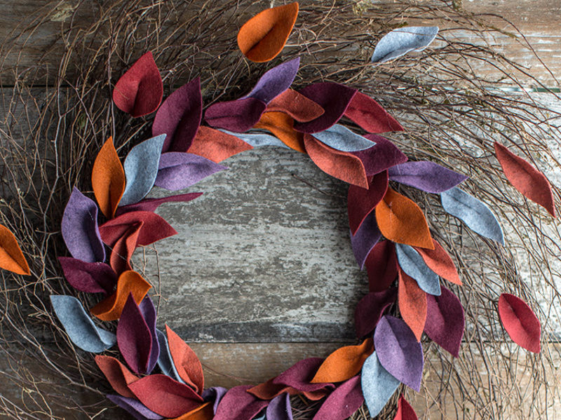 8 Creative DIY Fall Wreaths for Decorating Your Front Door