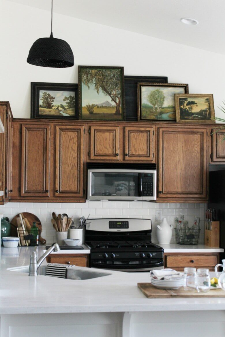 Use art to decorate the cabinets