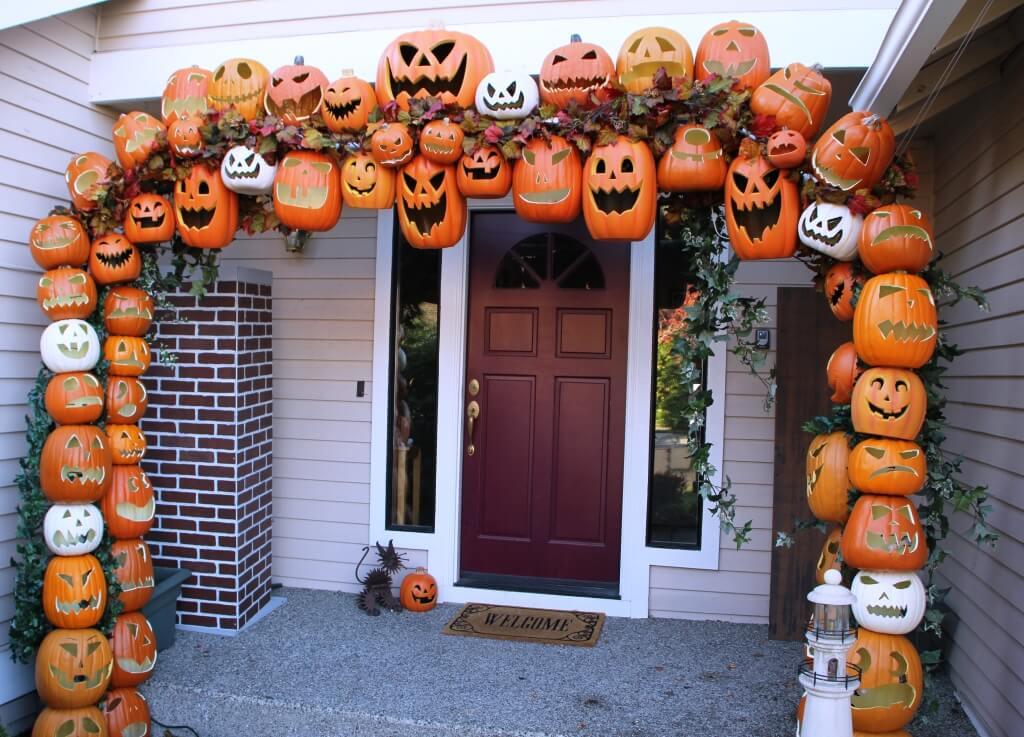 Truly a marvel of Halloween decor