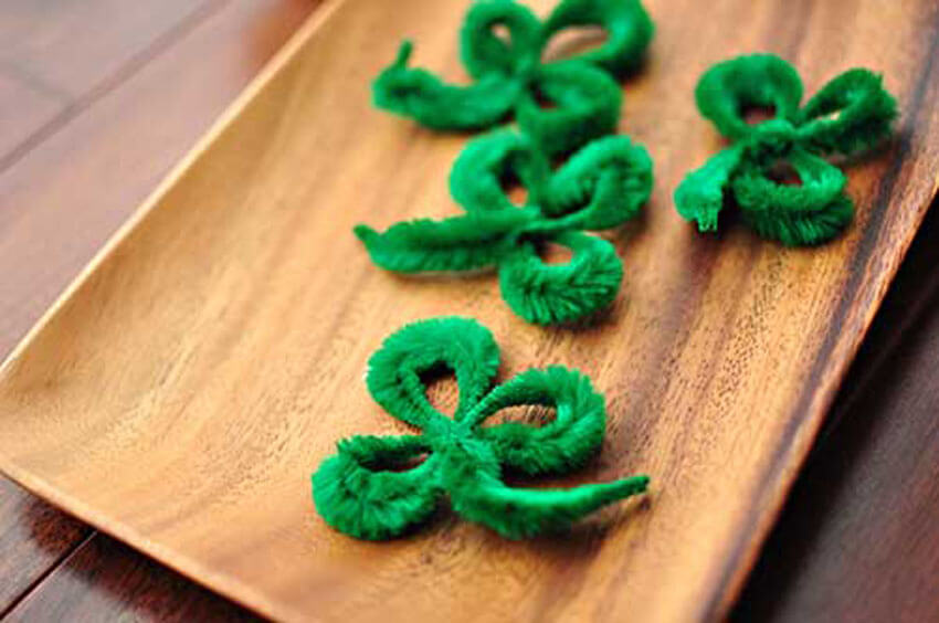 These adorable little shamrocks are super easy to make!