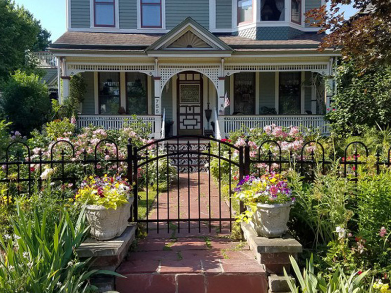 How to Choose the Right Fence for You