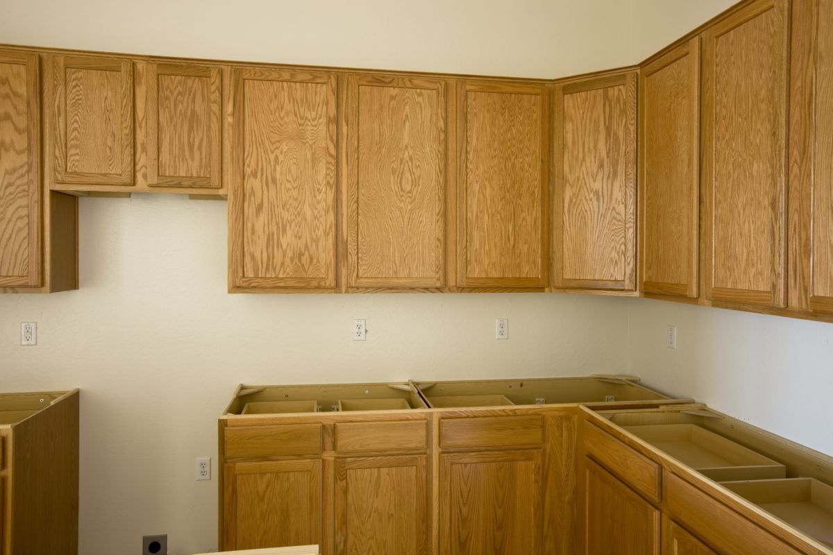 Base cabinets are perfect for storing occasional use items.