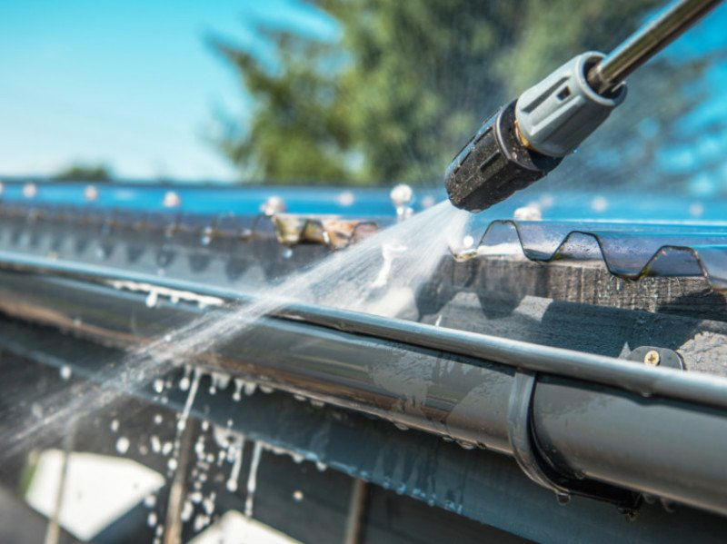 How Much Does Gutter Cleaning Cost?