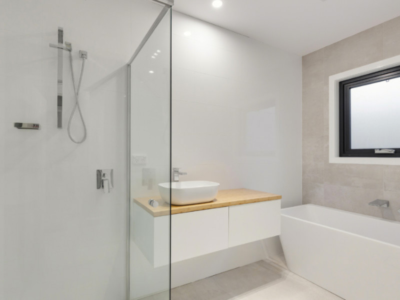 5 Causes of Low Water Pressure in the Shower