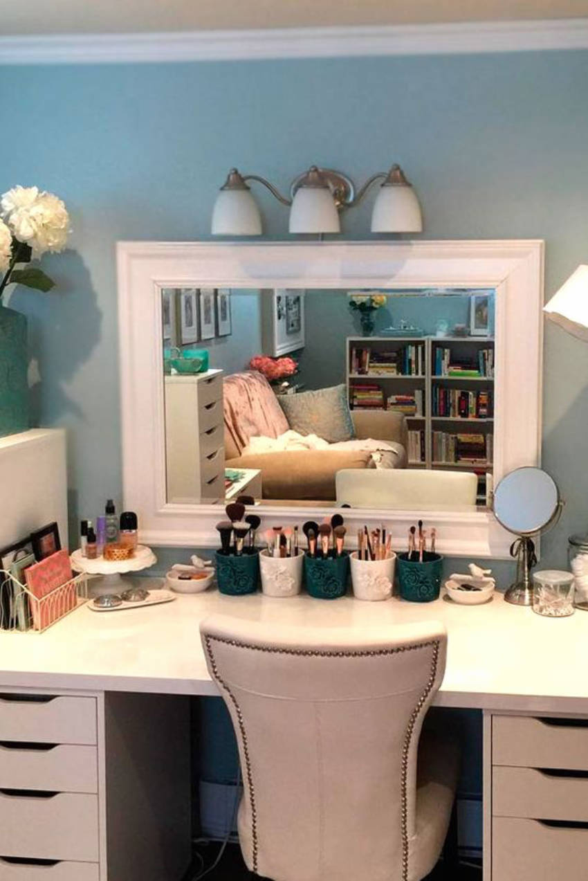 Organization is key for a beautiful vanity table!