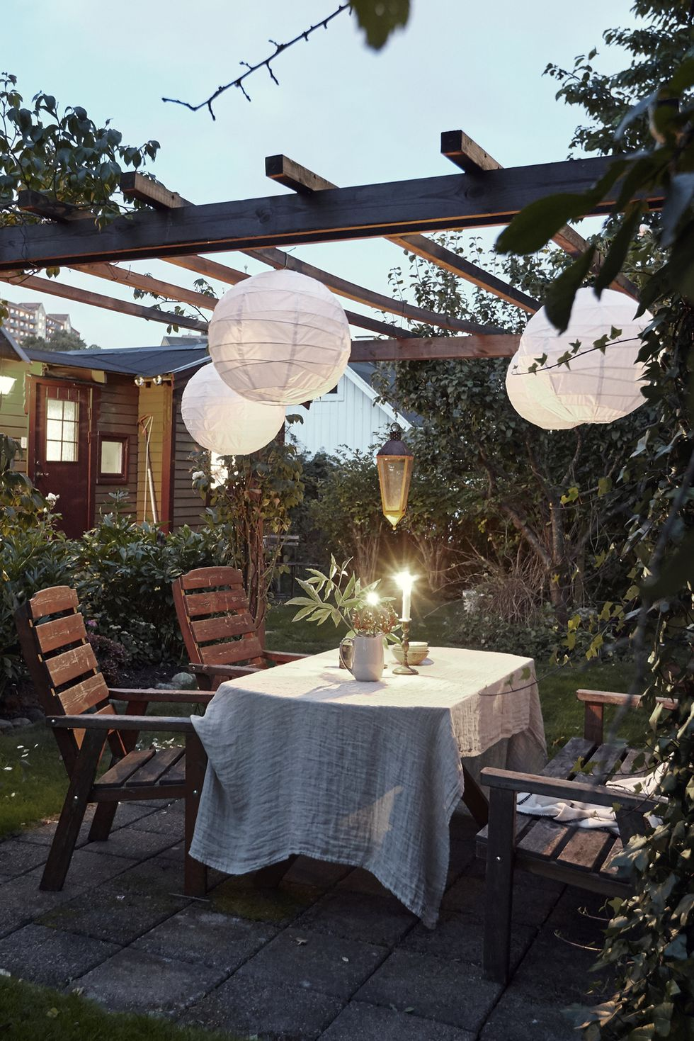 Lighting is a must to make your deck useful day and night. Source: Good Housekeeping