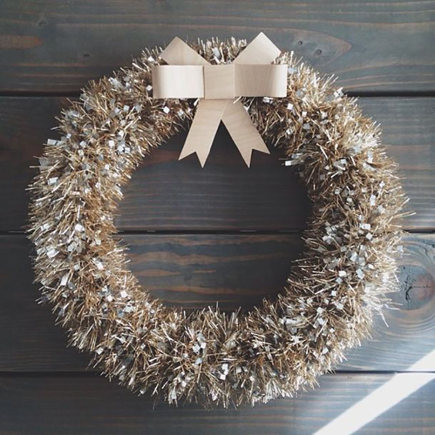 DIY Christmas Tinsel Wreath