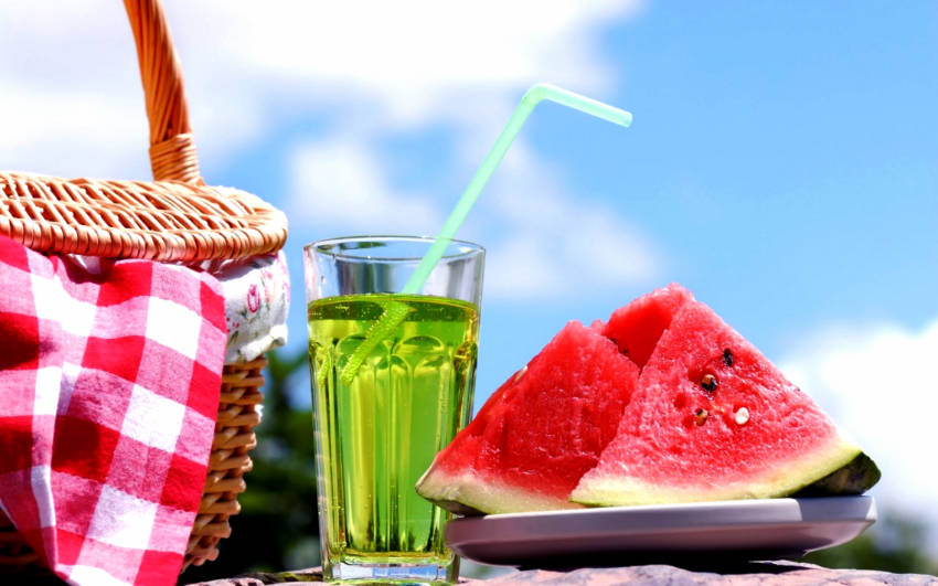 Try these awesome summer hacks to make your life easier!