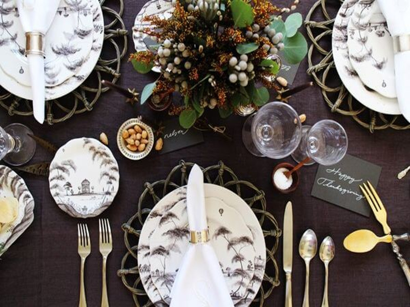 6 Unique and Beautiful Thanksgiving Tablescape Ideas